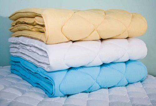 купить ватное одеяло в Москве в розницу по низкой цене